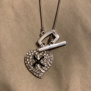 GUESS Sterling Silver Necklace and Pendant .925